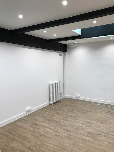 Location local commercial Paris 15ème 3 520€ HT/HC - Photo 6