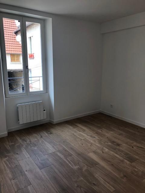 Rental apartment Carrieres sous poissy 780€ CC - Picture 3