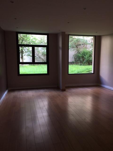Rental empty room/storage Paris 20ème 2184€ HT/HC - Picture 4