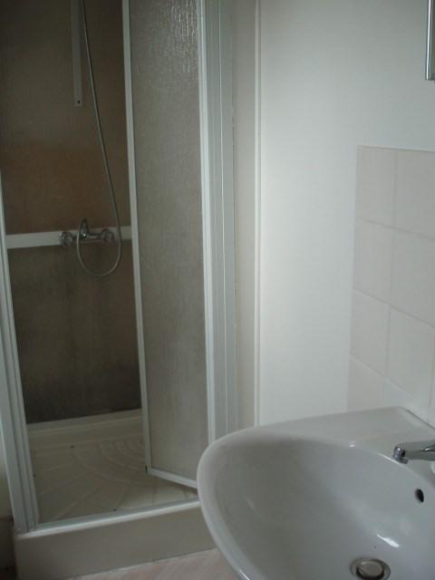 Location appartement Ste mere eglise 320€ CC - Photo 3