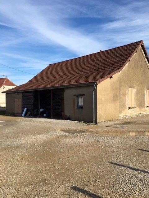 Sale house / villa Branges 64000€ - Picture 1