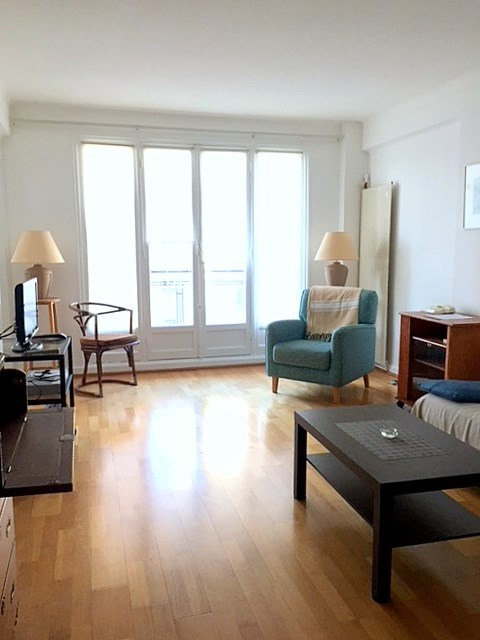 Location appartement Paris 15ème 1550€ CC - Photo 5