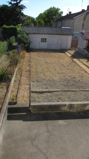 Vente maison / villa Saint-jean-d'angély 88650€ - Photo 2