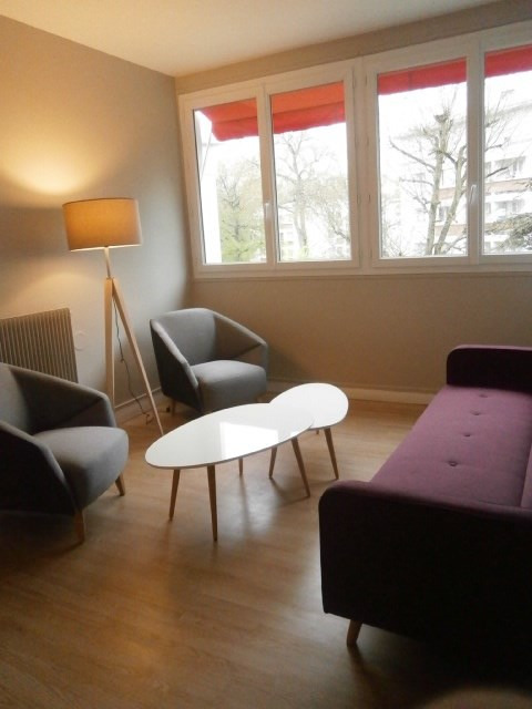 Rental apartment Fontainebleau 1 103€ CC - Picture 3