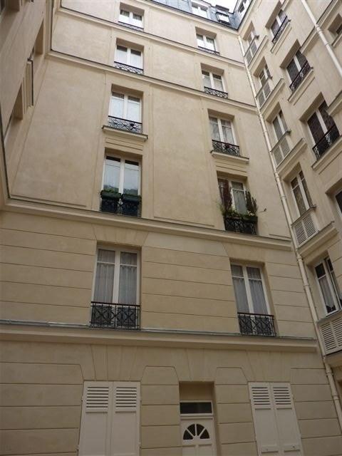 Rental apartment Paris 17ème 1418€ CC - Picture 2