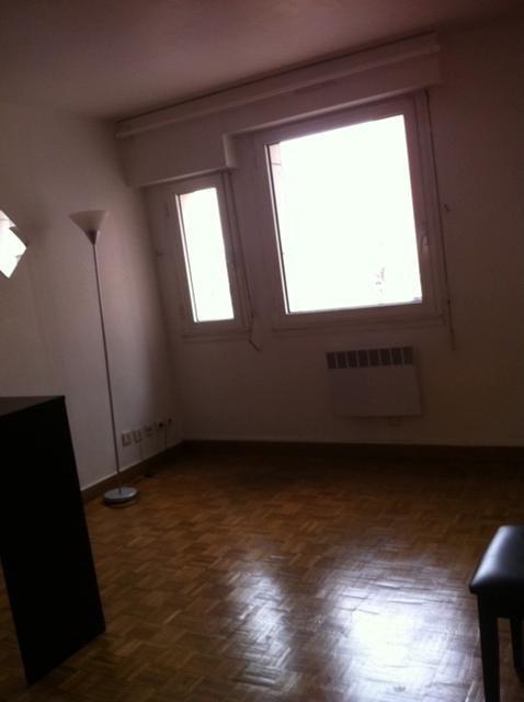 Location appartement Levallois perret 748€ CC - Photo 2