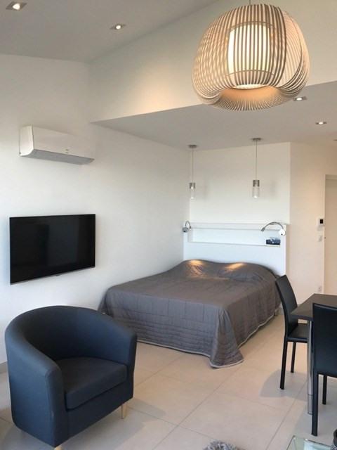 Location vacances appartement Le grau du roi 410€ - Photo 3