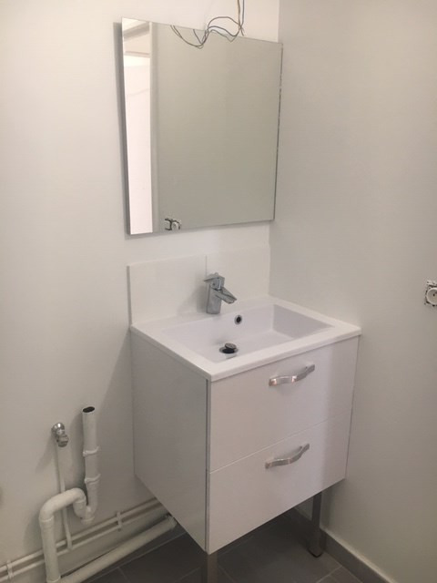 Location appartement Paris 11ème 1 949€ CC - Photo 13
