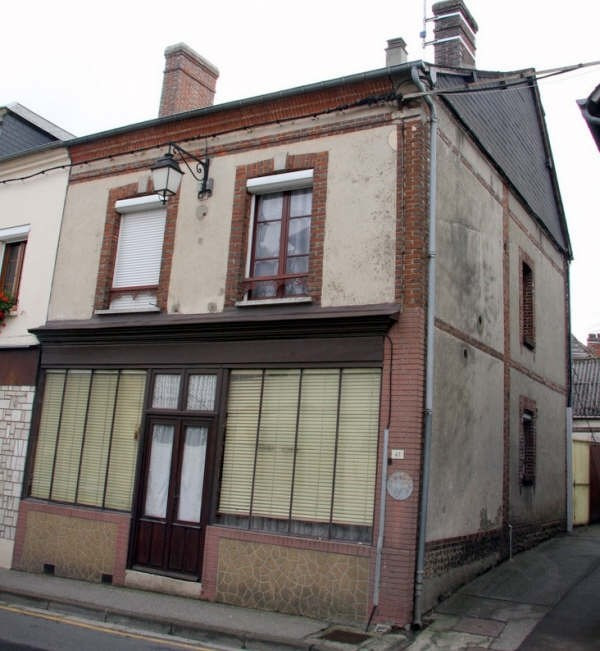 Sale house / villa Conches en ouche 71 000€ - Picture 1