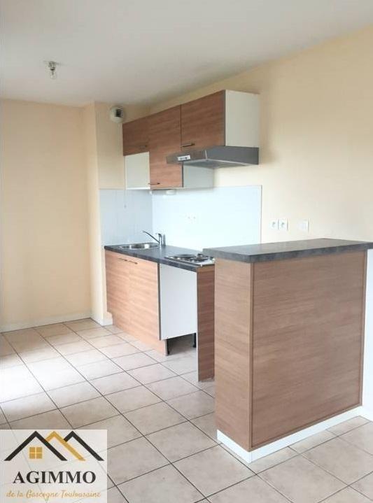 Vente appartement Mauvezin 81000€ - Photo 2