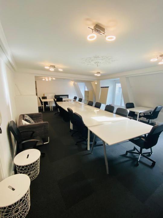 Rental office Paris 2ème 4550€ HT/HC - Picture 2