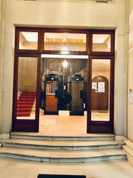 Location bureau Paris 2ème 80050€ HT/HC - Photo 5