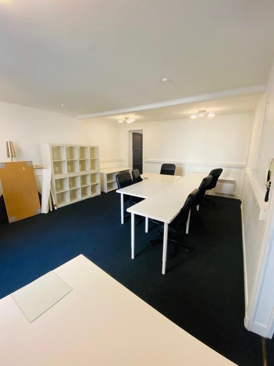 Rental office Paris 2ème 4550€ HT/HC - Picture 3