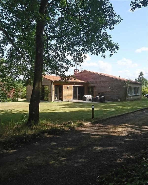 Sale house / villa Spay 257500€ - Picture 1