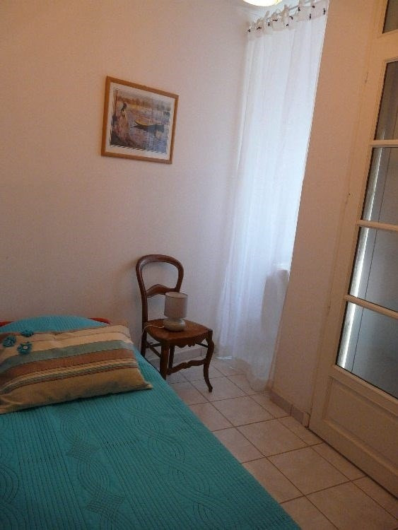 Vacation rental house / villa Saint-palais-sur-mer 350€ - Picture 8