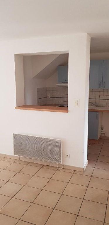 Verhuren  appartement Jouques 720€ CC - Foto 3