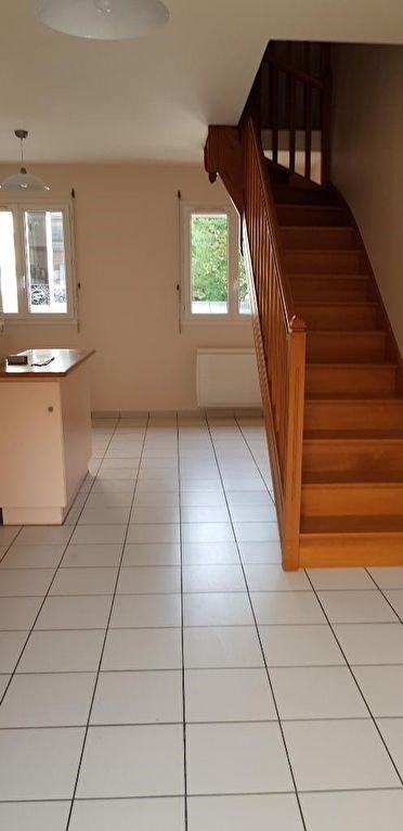 Location appartement Asnieres sur seine 990€ CC - Photo 5