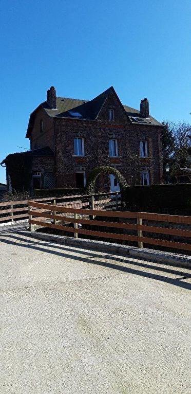 Sale house / villa Neufchatel en bray 235000€ - Picture 1
