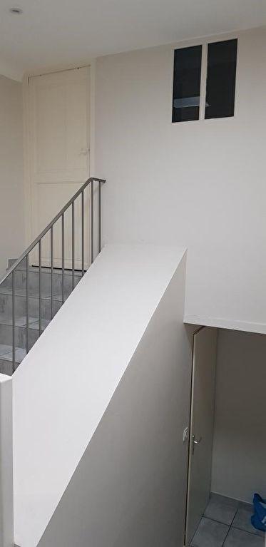 Rental apartment Peyrolles en provence 1300€ CC - Picture 4