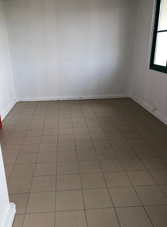 Location local commercial Chartres 250€ HC - Photo 2