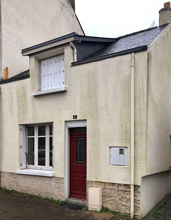 Sale house / villa Renaze 50000€ - Picture 1