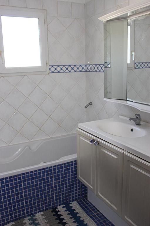 Revenda residencial de prestígio casa Lambesc 580000€ - Fotografia 14