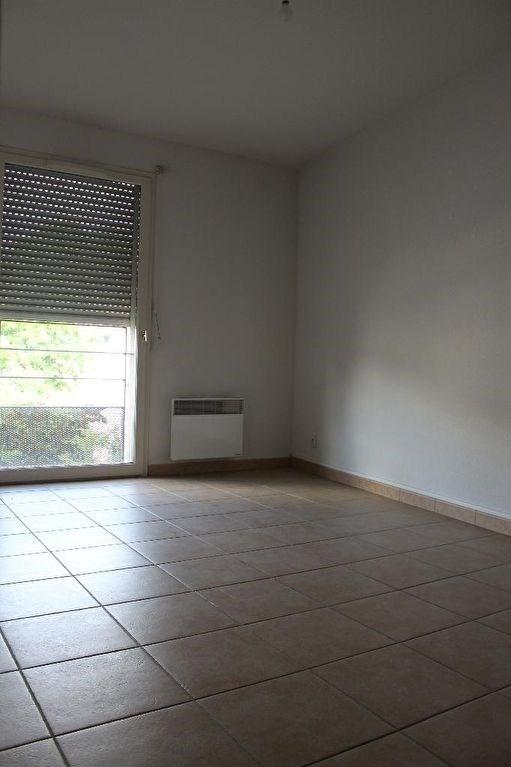 Verkoop  appartement Lambesc 249000€ - Foto 3