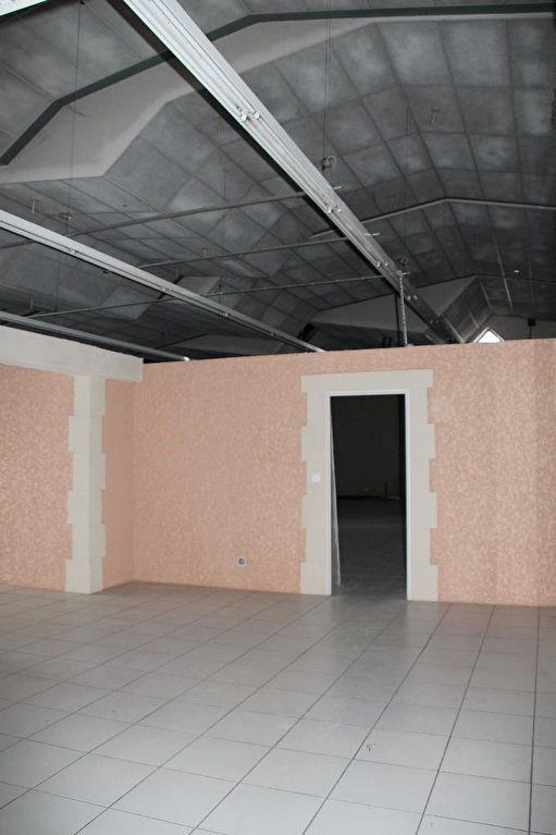 Vente local commercial La roche blanche 390000€ - Photo 2