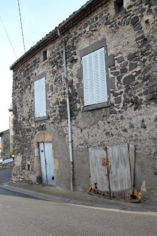 Sale house / villa Le crest 39500€ - Picture 2