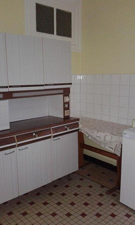 Location appartement Monnaie 360€ CC - Photo 2