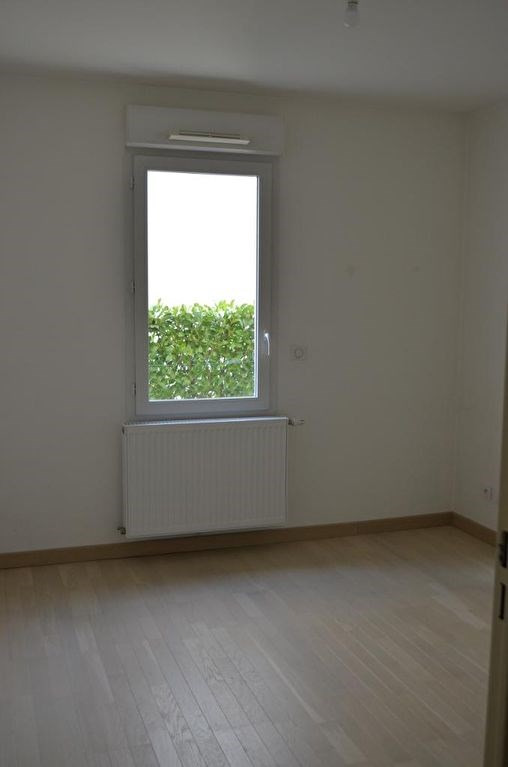 Rental apartment Collonges au mont d'or 830€ CC - Picture 5