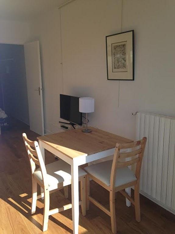 Rental apartment Paris 15ème 1072€ CC - Picture 5