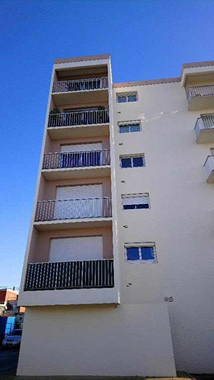 Sale apartment Auray 73 000€ - Picture 1