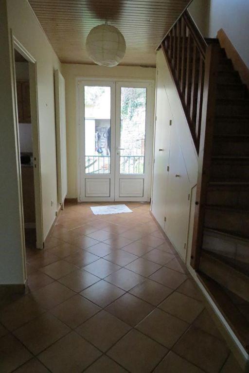 Rental apartment Le mesnil le roi 980€ CC - Picture 4