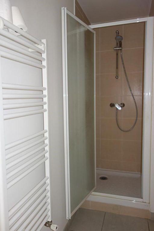 Locação apartamento Toulon 491€ CC - Fotografia 5