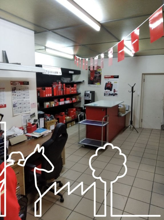 Location local commercial La roche sur yon 1400€ HC - Photo 3
