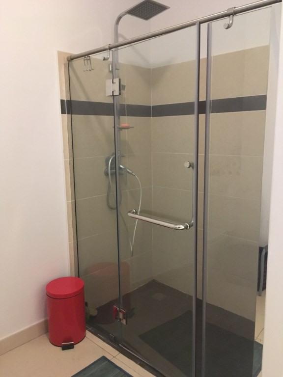 Rental apartment Saint gilles les bains 757€ CC - Picture 4