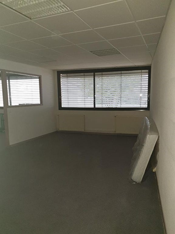 Rental office Isle 600€ CC - Picture 5