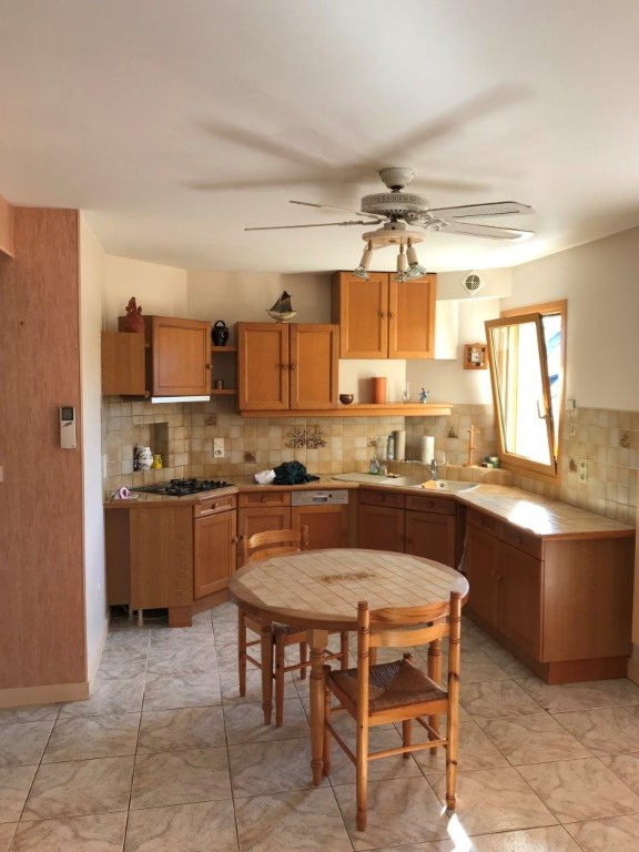 Sale house / villa Clohars carnoet 438900€ - Picture 4
