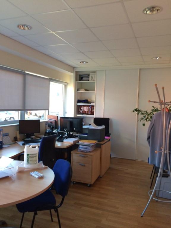 Location bureau Quimper 2240€ CC - Photo 4