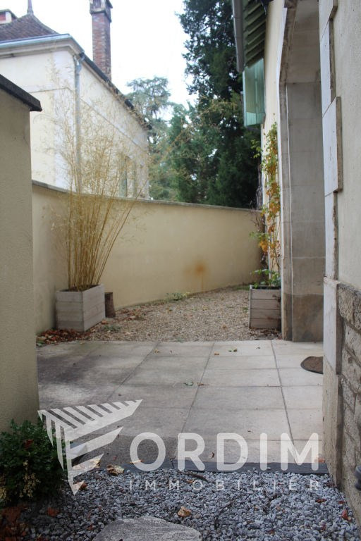 Location maison / villa Auxerre 681€ CC - Photo 3