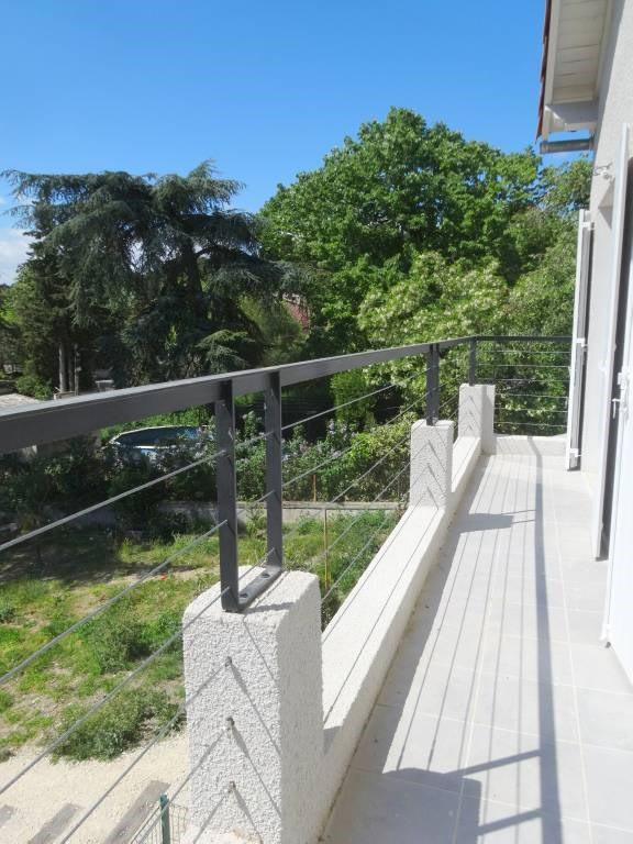 Alquiler  apartamento Villeneuve-les-avignon 632€ CC - Fotografía 2