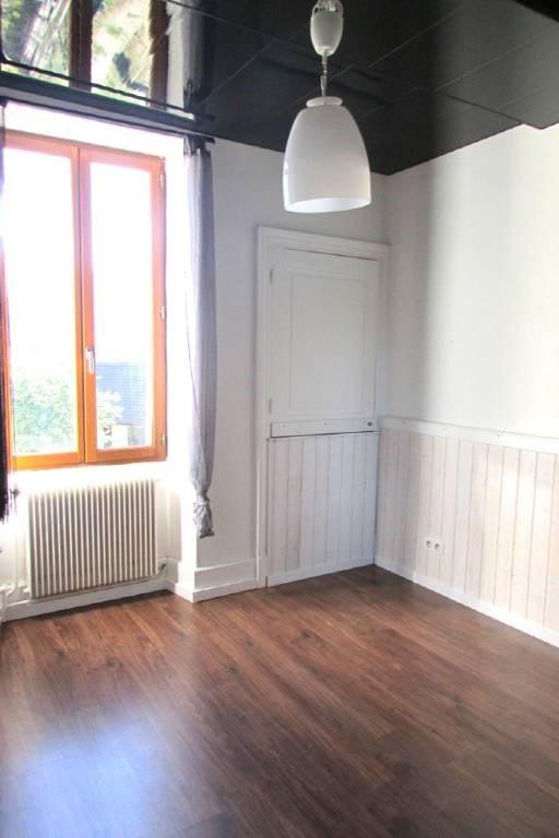 Vente maison / villa Saint-laurent-du-pont 179000€ - Photo 4