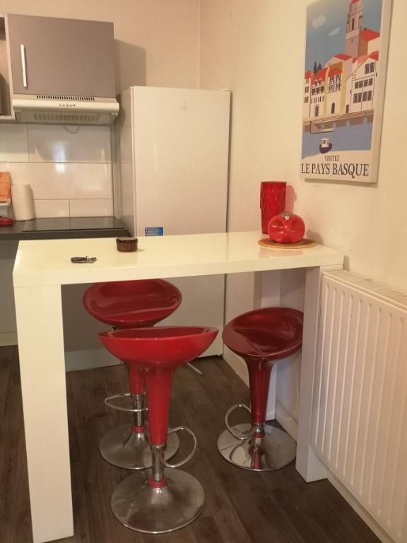 Sale apartment Pessac 219000€ - Picture 7