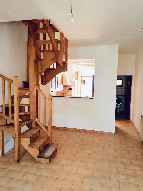 Sale house / villa Marseille 167000€ - Picture 1