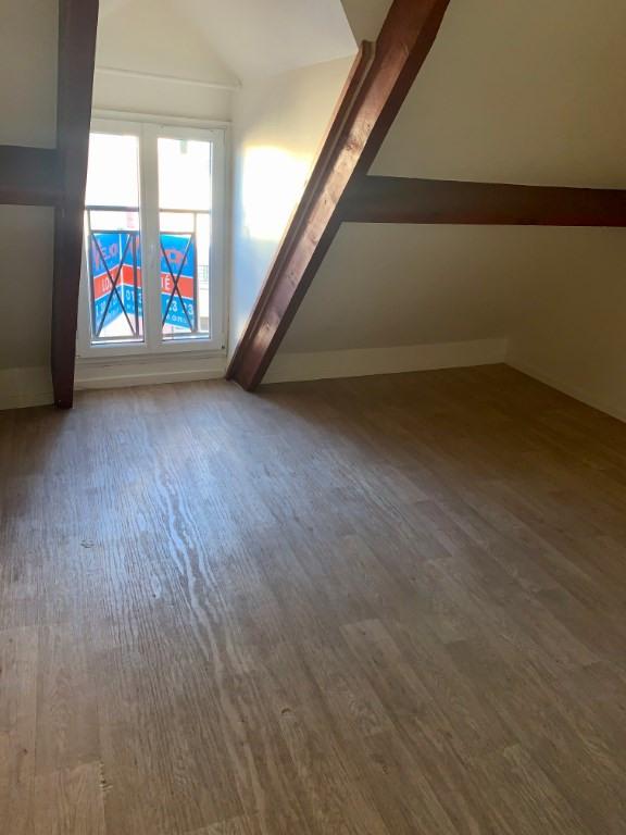 Rental apartment St germain en laye 1277€ CC - Picture 3