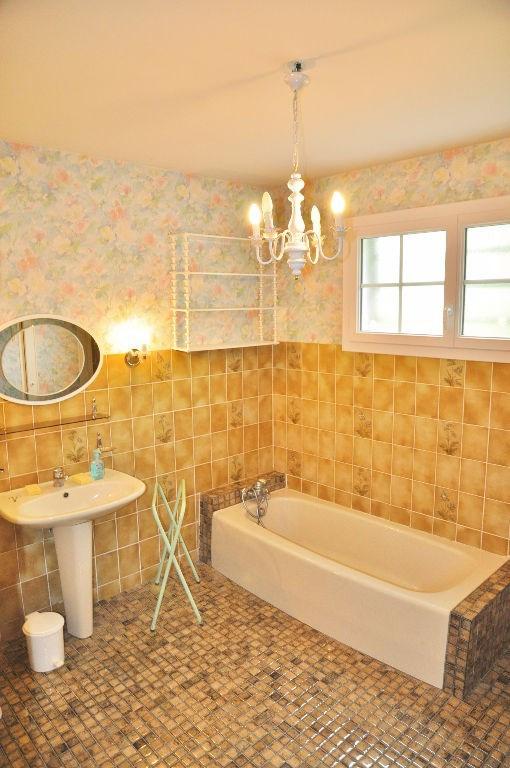 Sale house / villa Montjean 139000€ - Picture 9