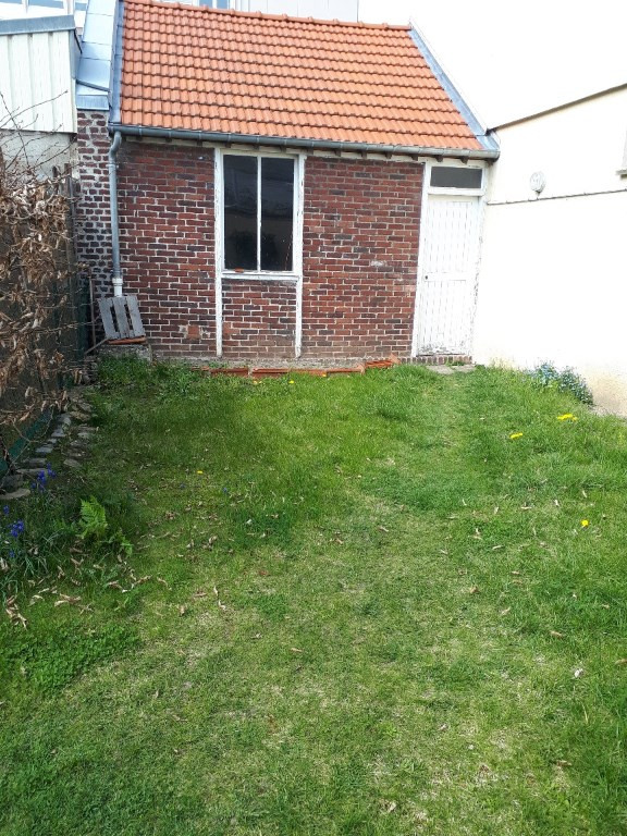 Location maison / villa Saint quentin 908€ CC - Photo 6