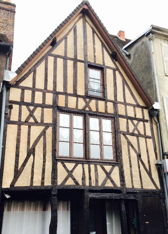 Sale house / villa Beauvais 219000€ - Picture 1