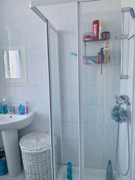 Rental apartment Saint andre le gaz 510€ CC - Picture 6